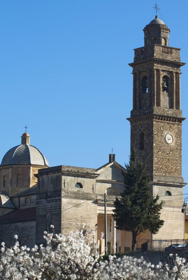 Chiesa di Diano Borello