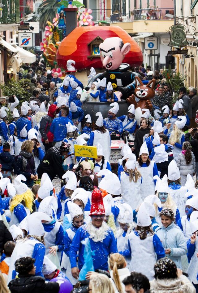 Carnevale Dianese 2012 - Diano Marina - I Puffi