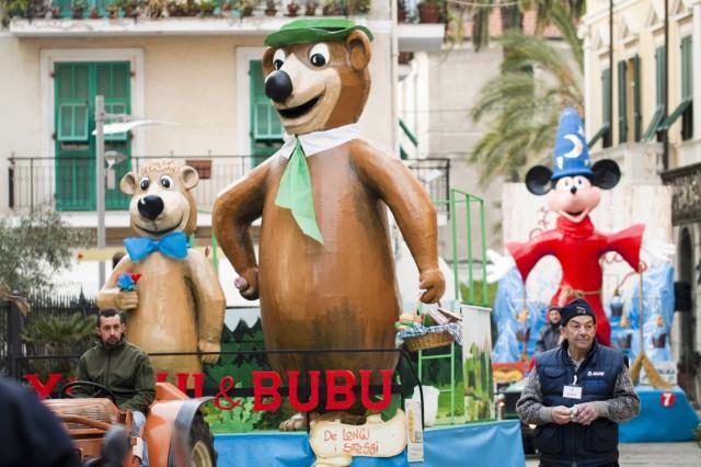Carnevale Dianese 2012 - Diano Marina- Carri