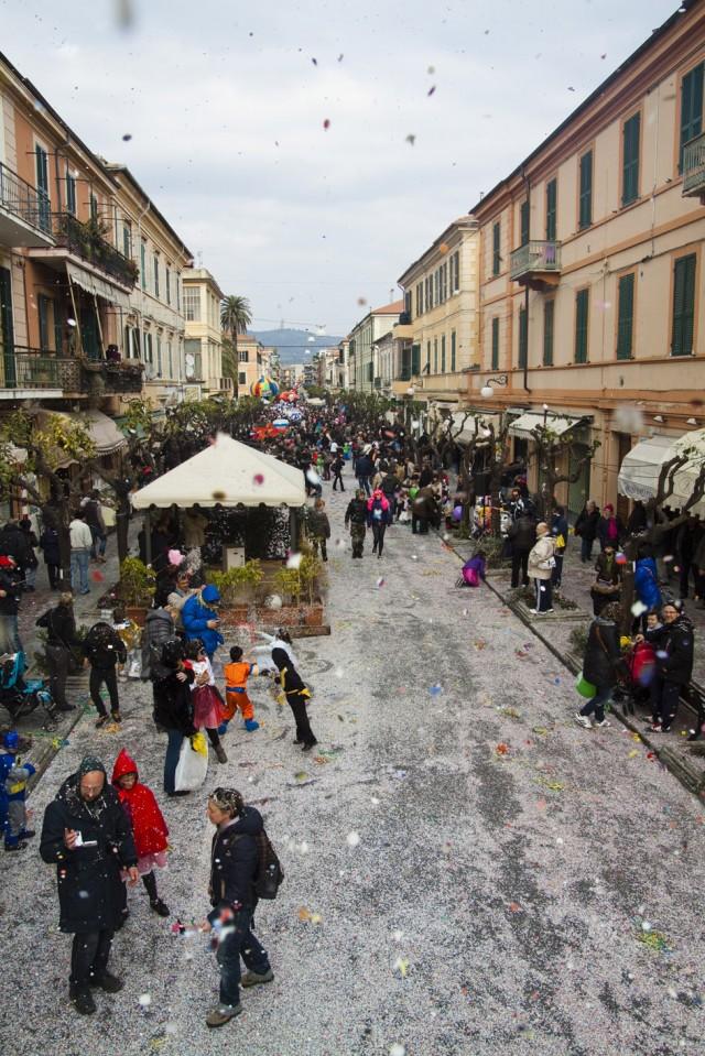 Carnevale Dianese 2012 - Diano Marina - Corso Roma