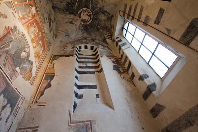 Finalborgo Salone Agroalimentare 2012 - Complesso Monumentale di Santa Caterina - affreschi