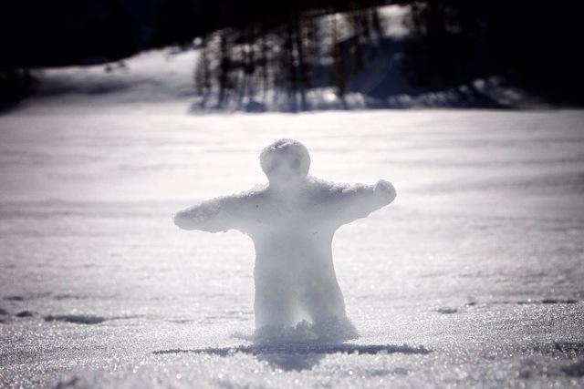 l'uomo delle nevi, rappresentazione artistico-naif del Ligure antico